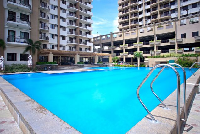 RFO 2BR Corner Unit Condo For Sale In Taguig City Near BGC and Mckinley Megaworld - 1