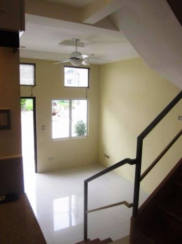 4 Bedroom 3 storey town house and lot for Rent in angeles city - 8