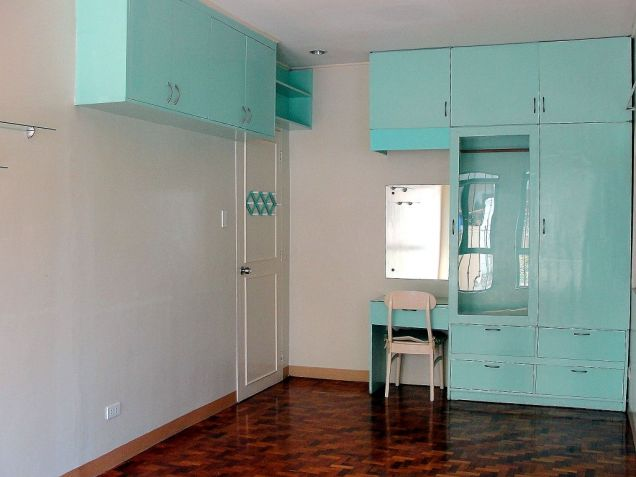 VAA Homes Las Pinas near Perpetual 3-bedroom bungalow for rent - 7