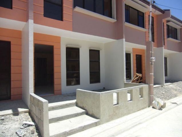 55sqm Floor, 42sqm Lot, Townhouse, Baywalk Subdivision, Talisay, Cebu for Rent - 0