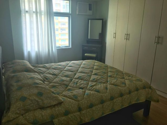 FULLY FURNISHED 2 Bedroom Condo Unit w Parking Lot, Two Serendra, BGC FOR SALE - 8