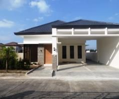 Bungalow House & Lot for RENT in Hensonville,Angeles City.. - 1