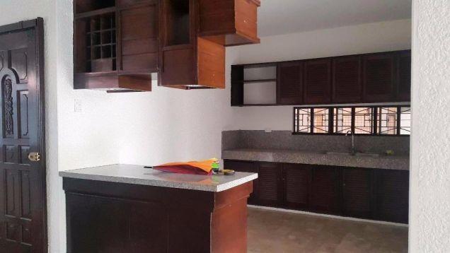 (4) Bedroom House For Rent Unfurnished in Balibago - 3