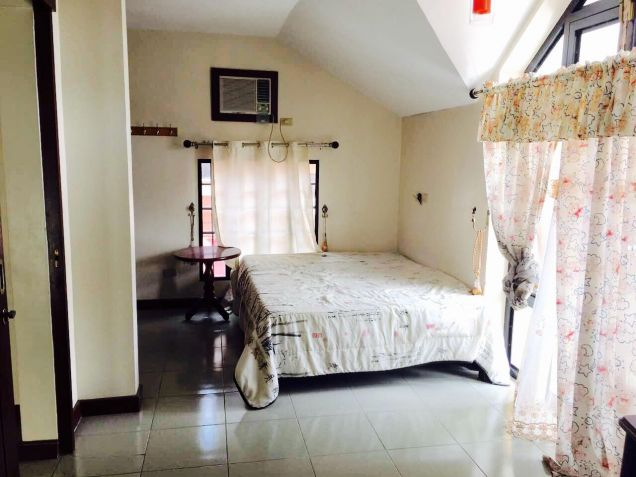 3 Bedroom Fully Furnished House in City of San Fernando Pampanga - 6