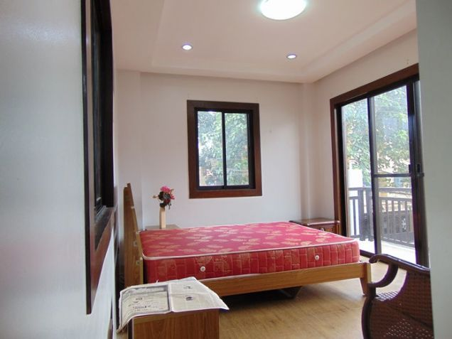 5 Bedroom Semi Furnished House for Rent in Guadalupe, Cebu City - 2