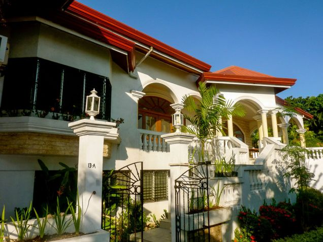 5 Bedroom House with Swimming Pool for Rent in Maria Luisa Cebu City - 2