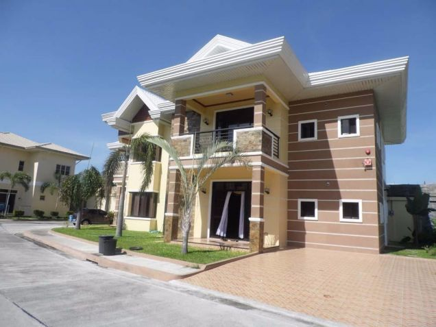 (2) Two Bedroom Fully Furnished For Rent Located at Angeles Sports Club - 3