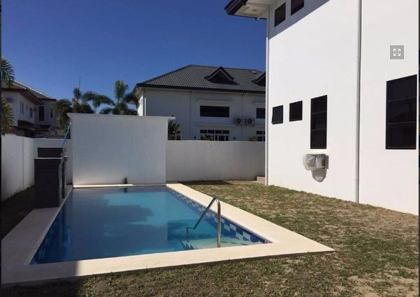 Furnished House with Swimming pool for rent in Hensonville - 5
