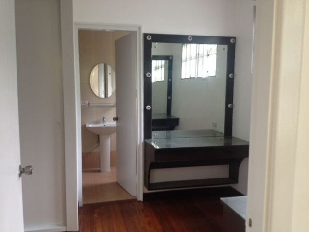 House and Lot, 4 Bedroomsfor Rent in Dasmarinas, Makati, RHI-14732, Reality Homes Inc - 8