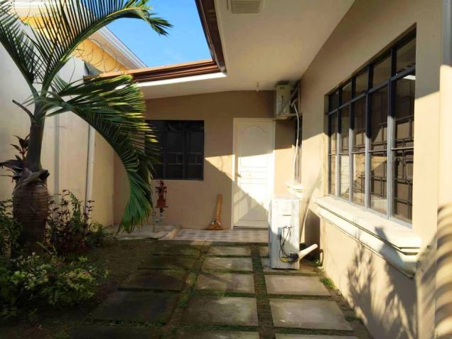 Bungalow House and Lot for Rent in Hensonville, Angeles City - 8