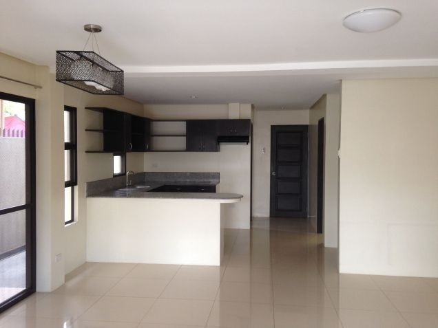 House and Lot 4 Bedrooms for Rent in Talamban, Cebu City - 0