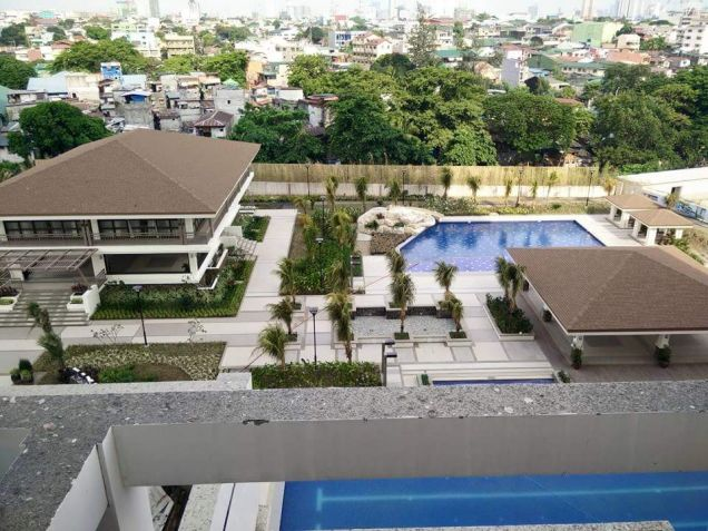 2 bedroom with 2bathroom Rizal for sale in Quezon City facing Makati Skyline - 5