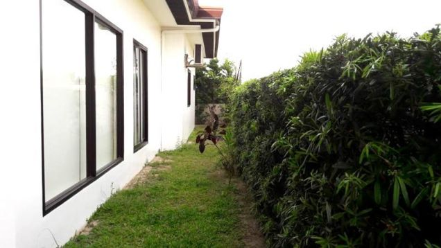 Fully Furnished Bungalow House with Swimming pool for rent - 90K - 7