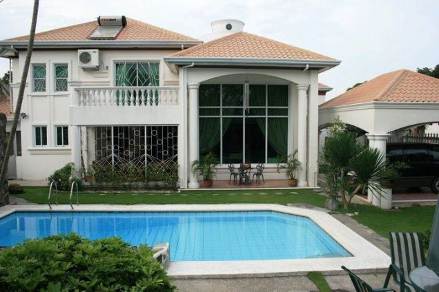 Fully Furnished ! Elegant House with pool For Rent - P150K - 3