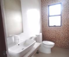 House and lot with Swimming pool for rent in Hensonville - 80K - 8