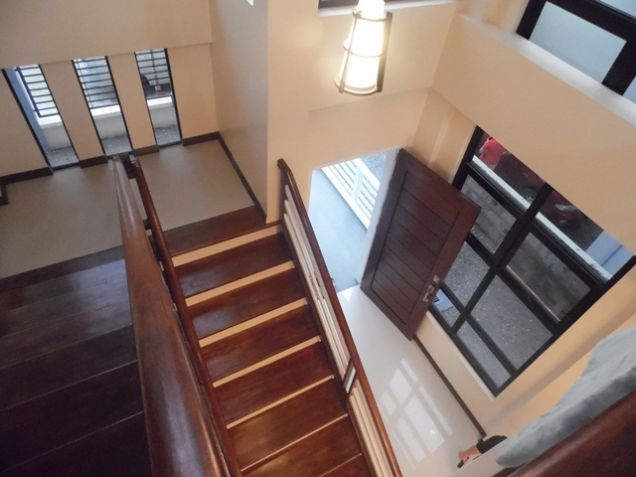 Modern 2 Storey House and lot for rent near SM Clark -@P50K - 3