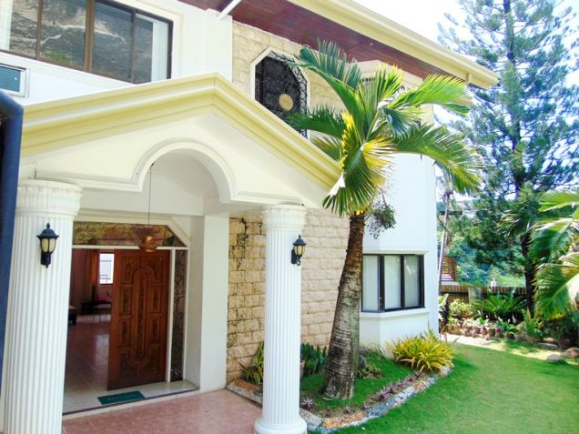 House for Rent with Swimming Pool in Banilad, Cebu City - 0