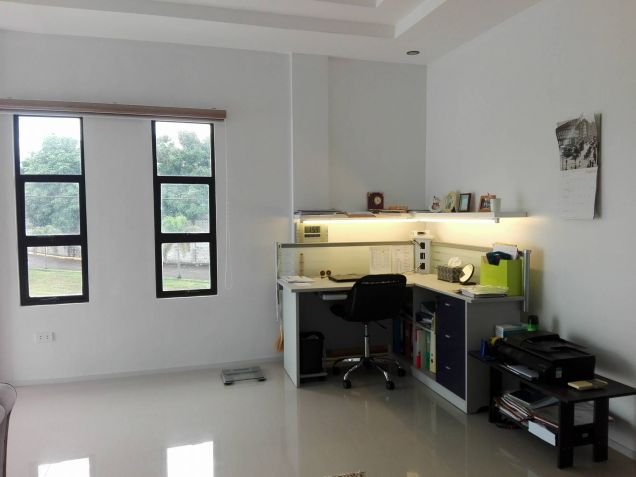 4 Bedroom House And Lot For Rent At Angeles City Near Clark - 3