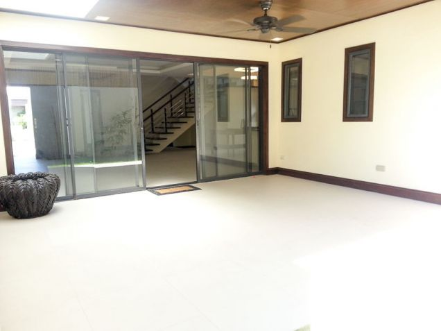 Modern 4 Bedroom House for Rent in Cebu Banilad - 2