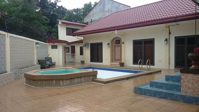 4BR with Private pool for rent in Angeles City - 65K - 0