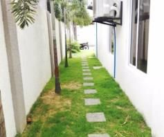 4 BR House with Swimming pool near SM Clark for rent - 70K - 3