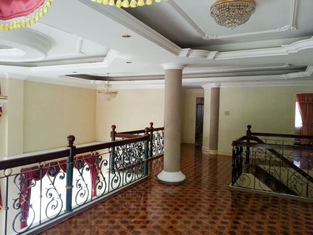 Spacious 7 Bedroom House for Rent in North Town Homes Talamban - 3