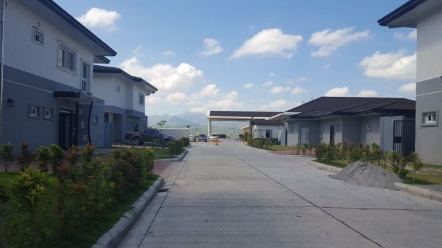 House and Lot for Rent at Clark Free Port Zone Pampanga Philippines - 7