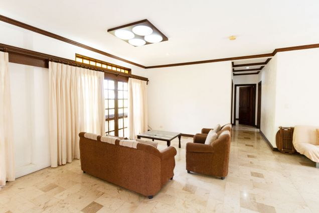 6 Bedroom House with Swimming Pool for Rent in North Town Homes - 0