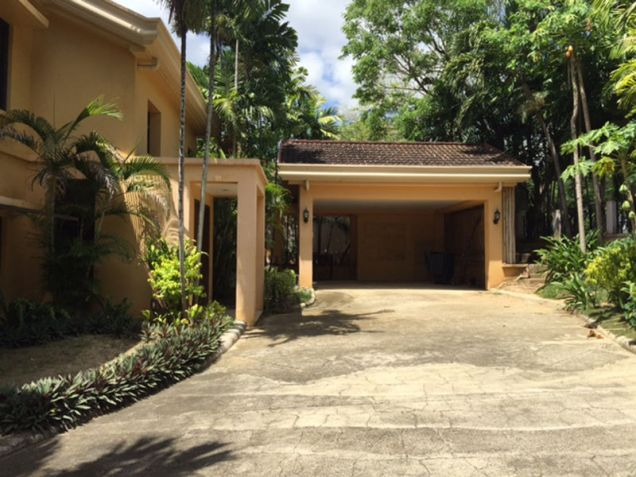 House and Lot, 4 Bedrooms for Rent in Ma. Luisa, Banilad, Mandaue, Cebu GlobeNet Realty - 9