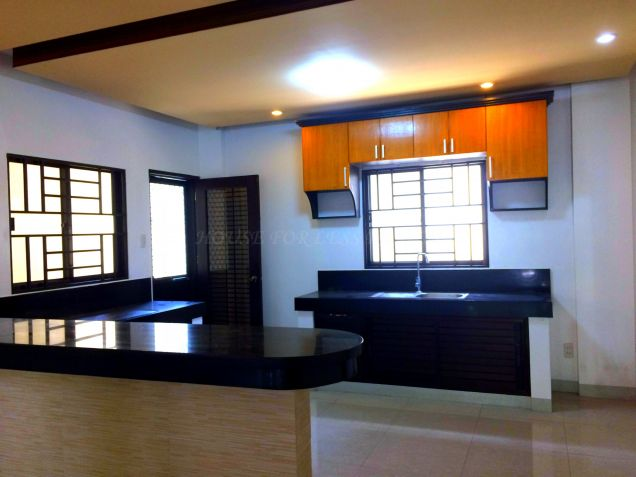 For Rent Three Bedroom House In Angeles City - 3