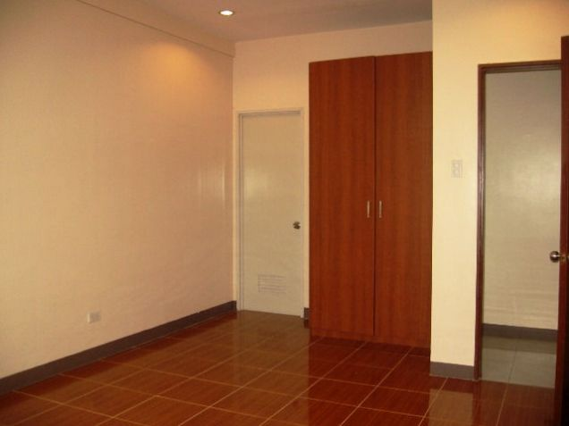 4 Bedrooms Apartment for Rent in Mabolo Cebu City - 9