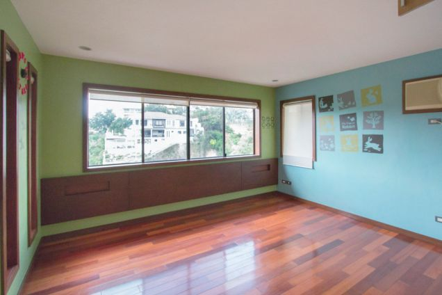 4 Bedroom House for Rent in Maria Luisa Park - 4