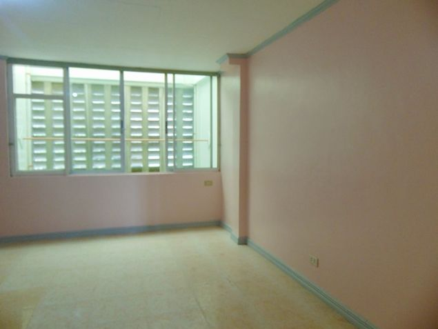 Apartment for rent in Mabolo Cebu City with 4 Bedrooms Unfurnished - 7