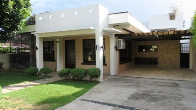 Bungalow House and Lot for rent in Lahug - 9