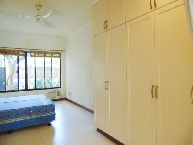 4 Bedroom Bungalow House with Swimming Pool for Rent in Banilad, Cebu City - 9