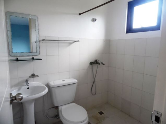 4BR Unfurnished Townhouse for rent in Angeles City Pampanga - 35K - 3