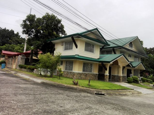 6Bedroom House & Lot For RENT In Friendship,Angeles City. - 0