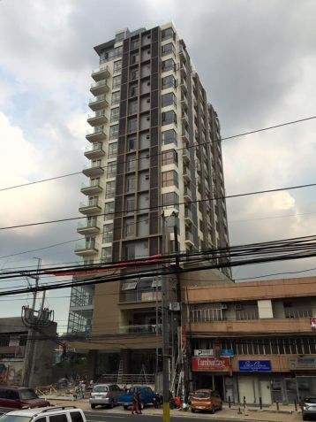 RFO 1BR condotel in West Avenue - 0