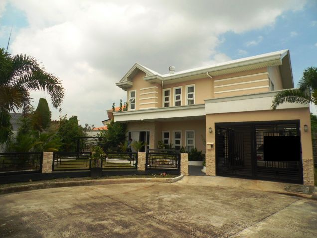 Four Bedroom House & Lot In Hensonville Angeles City Near To Clark Free Port Zone - 0