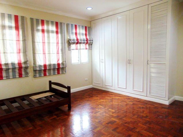 House for Rent in Banilad Cebu City 3-Bedrooms Furnished - 8