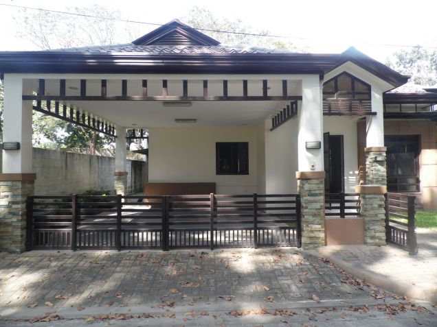 3 Bedroom Modern Bungalow House and Lot for Rent in Angeles City - 1