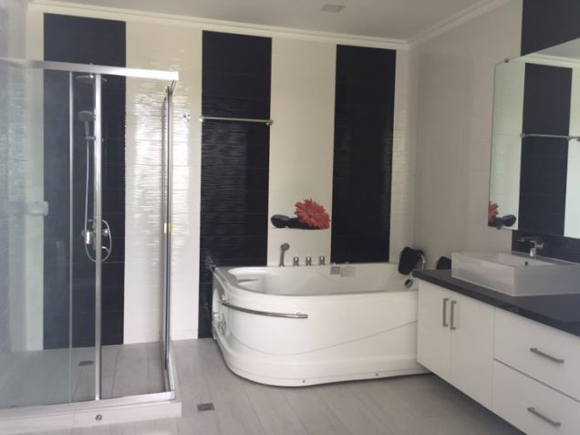 Fully Furnished Top of the line Modern House in Angeles City for Rent - 4