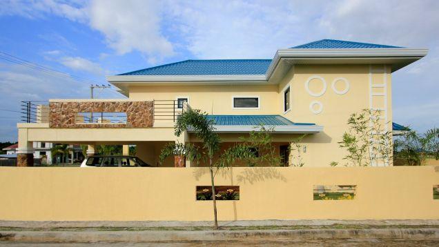 4Bedroom 2-Storey House & Lot for Rent In  Hensonville Angeles City near Clark - 3