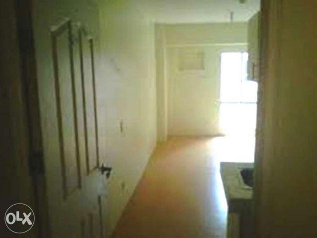 2.5M condo for sale in avida higher floor - 3