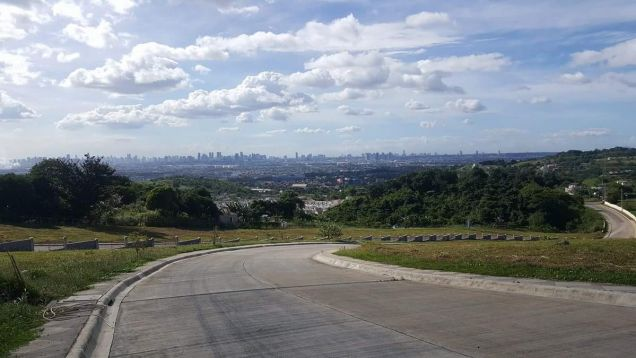 Lot in Taytay Rizal with view of Metro Manila and Laguna de Bay - 3