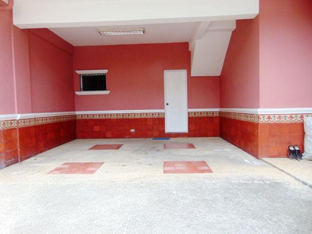 House for Rent in Banilad Cebu City 3-Bedrooms Furnished - 6
