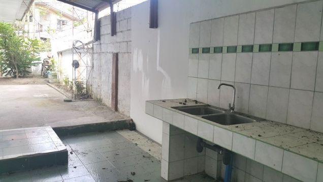 4 Bedroom Spacious Corner Bungalow House in Balibago - 4
