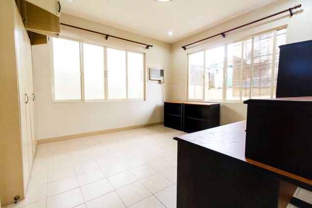 3 Bedroom House for Rent in Banilad Cebu City - 2