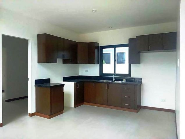 4 Bedroom House with 5 Bathrooms for rent - 50K - 9