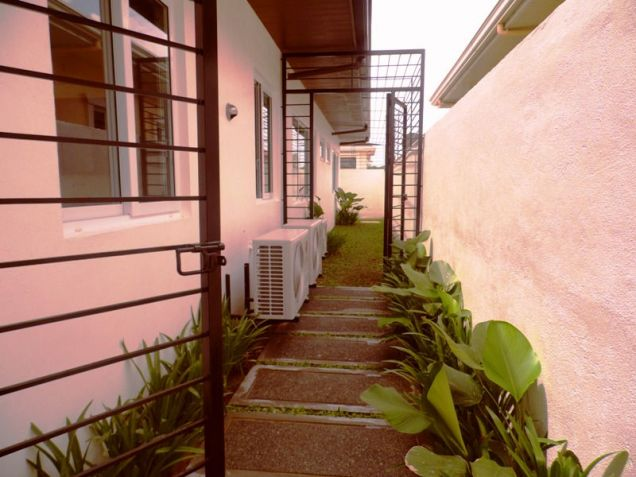 Bungalow House and Lot for Rent in Brgy. Amsic Hensonville Angeles City - 4
